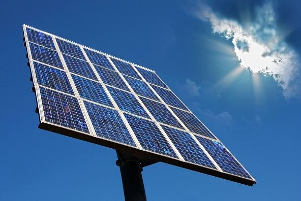 Comparison between Solar Panel Articles Summaries