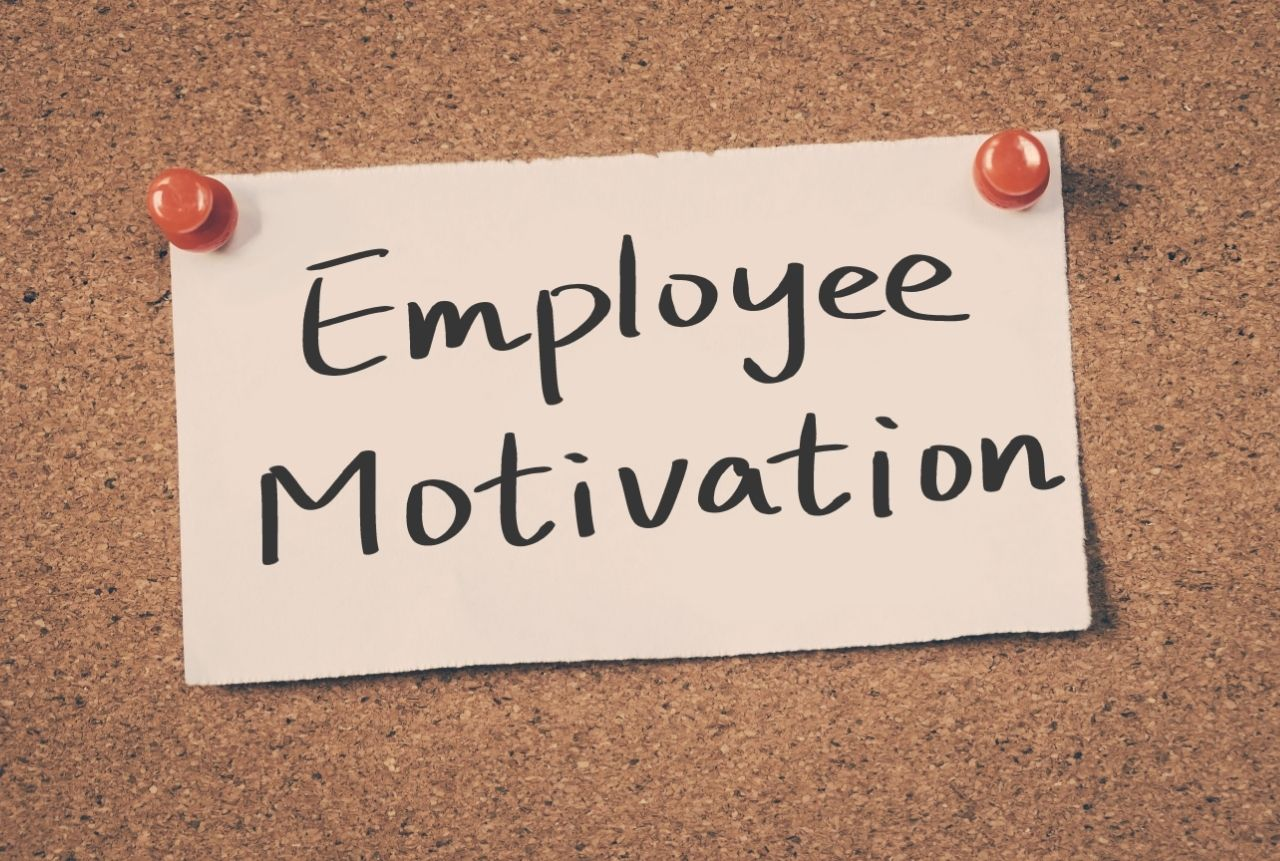 Issues of HR Management Department's Visibility in Motivating Employees