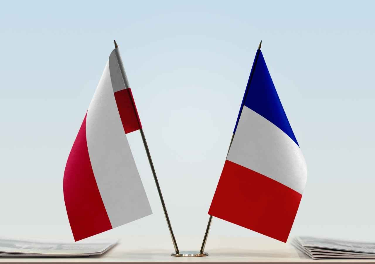 Comparison of France and Poland Through The Concept of Semi-Presidentialism: The Main Differences Between These Countries